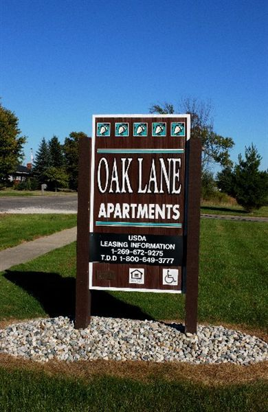 Oak Lane Apartments